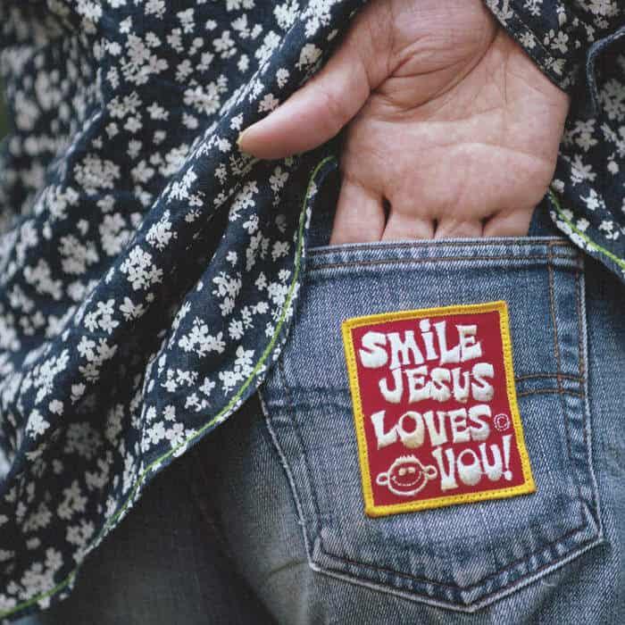 Smile Jesus Loves YOU by Masaki Batoh