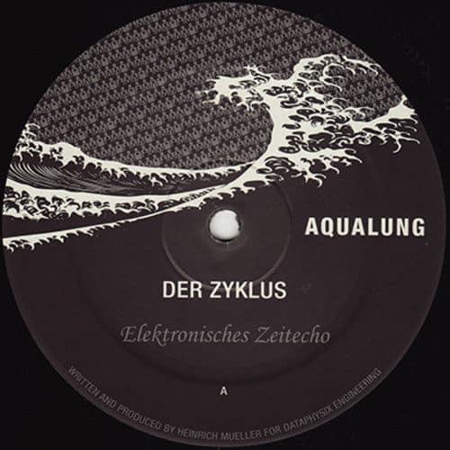 Elektronisches Zeitecho / Mathematische Modelle by Der Zyklus