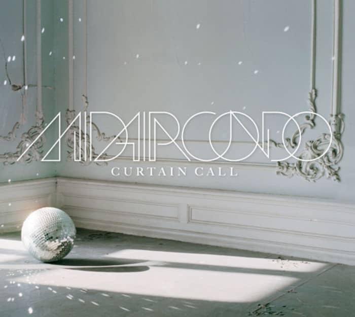 Curtain Call by Midaircondo
