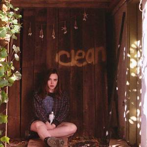 'Clean' by Soccer Mommy